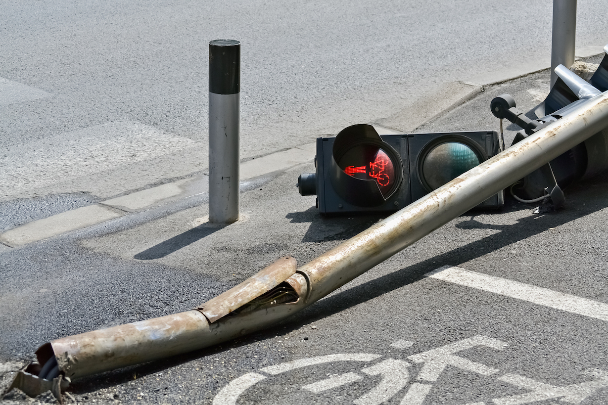 signal pole accident
